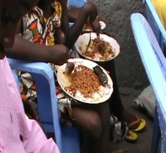 Enfants en République Démocratique du Congo | NFDPC | Donner de la nourriture et des vêtements